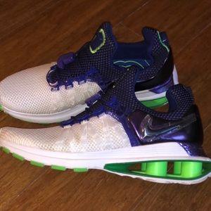 Nike SHOX gravity size 7.5 womens